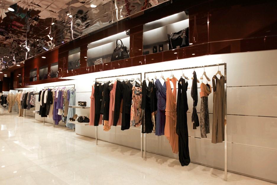 Boutique pinko kingdom center riyadh spazio for Boutique center